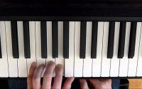 Leçon de piano n°1 : Déliateur - un exercice pour délier les doigts