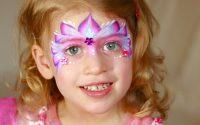 Maquillage de petite princesse - Tutoriel de maquillage des enfants