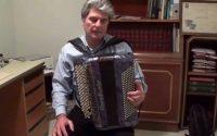 apprendre l'accordeon leçon 1, qu'est-ce que l'accordéon, tenue de l'accordéon, travail du soufflet