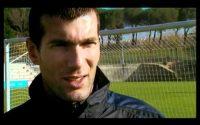 ZIDANE : COUP-FRANC ( leçon de foot )