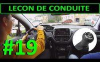 Leçon de conduite #19 - Monter et descendre les vitesses, levier de vitesses