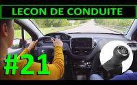 Leçon de conduite #21 - Monter et descendre les vitesses, levier de vitesses