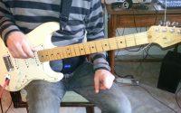 """Jouer """" Tattoued Lady"""" (Rory Gallagher) leçon 1 la rythmique ."""