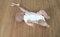 Leçon de Feldenkrais 1 par Baby Liv : Rouler