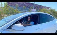 La première leçon d'Alison en Tesla model 3 Auto-école a double commandes par Electron Libre