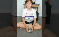 Résoudre un rubik's cube 3x3- 1ère étape facile ! Tutoriel
