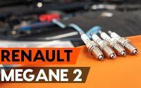Comment remplacer un bougie d'allumage sur RENAULT MEGANE 2 (LM) [TUTORIEL AUTODOC]