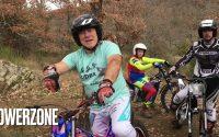Tuto direct - tutoriel moto trial - sauter une marche en sécurité - avec une bonne équipe !